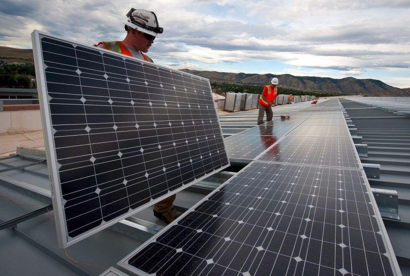 Kaj je sončna elektrarna in kako lahko z njo zaslužite?
