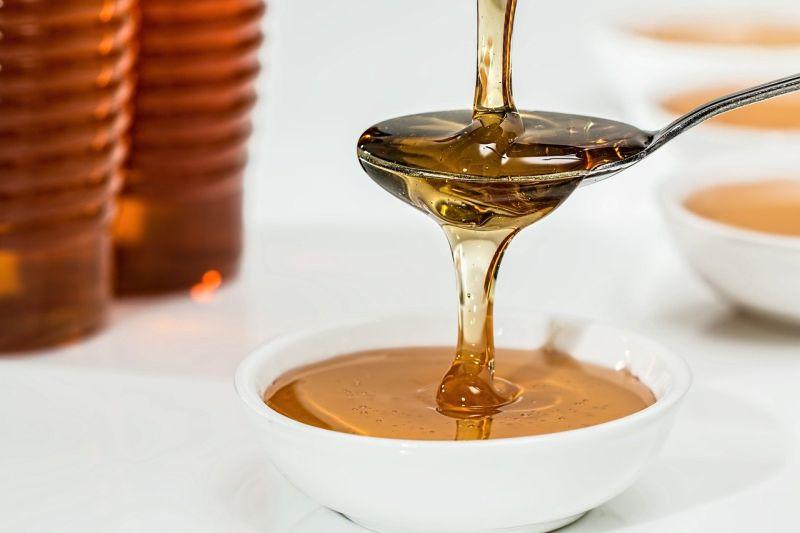 Čudežne lastnosti surovega medu