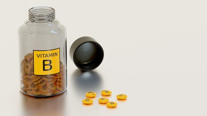Katere vrste živil vsebujejo vitamin B12